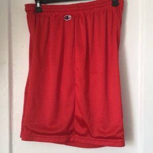 Champion short size XL